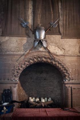 RJ-Interiors-med & tudor castles-007
