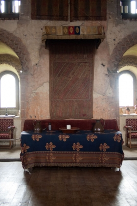 RJ-Interiors-med & tudor castles-008