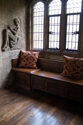 RJ-Interiors-med & tudor castles-025
