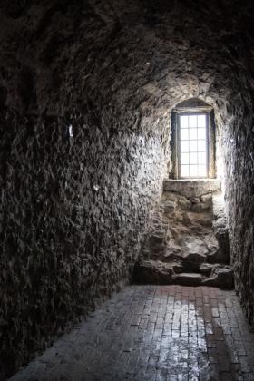 RJ-Interiors-med & tudor castles-040