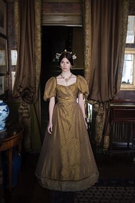 RJ-Victorian Women-Set 1-156