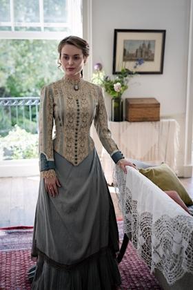 RJ-Victorian Women-Set 12-193
