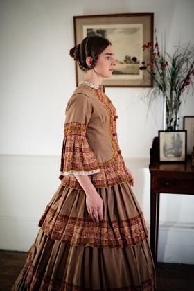 RJ-Victorian Women-Set 14-083