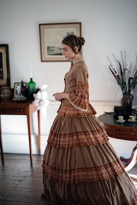 RJ-Victorian Women-Set 14-092