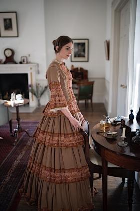 RJ-Victorian Women-Set 14-133