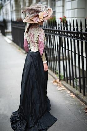RJ-Victorian Women-Set 16-087
