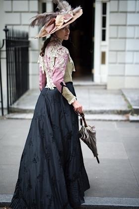 RJ-Victorian Women-Set 16-103