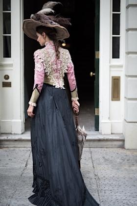 RJ-Victorian Women-Set 16-109