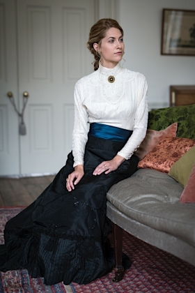 RJ-Victorian Women-Set 19-005