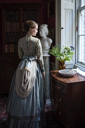 RJ-Victorian Women-Set 20-050