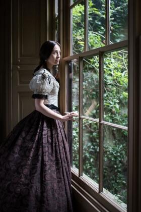 RJ-Victorian Women-Set 24-060