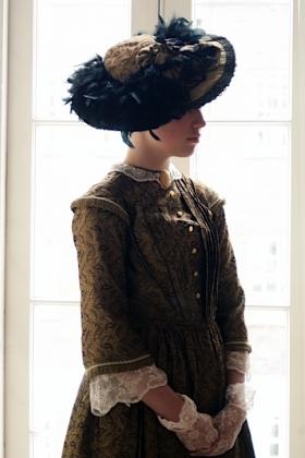 RJ-Victorian Women-Set 6-033