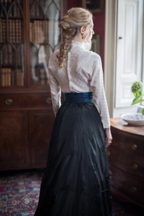 RJ-Victorian Women-Set 7-058