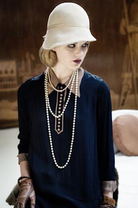 RJ-1920s Women Set 4-031