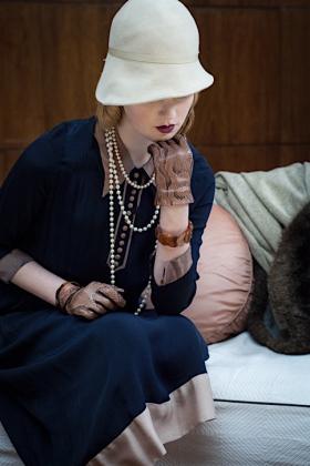 RJ-1920s Women Set 4-104