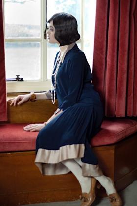 RJ-1920s Women Set 5-059