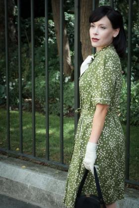 RJ-1940s Women Set 4-069