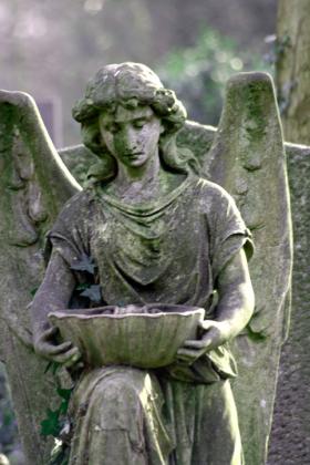 RJ-Angels-and-Statues-013