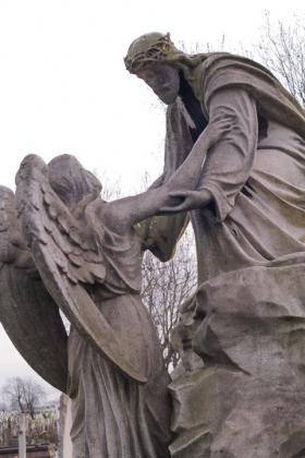 RJ-Angels-and-Statues-014