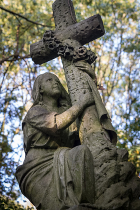 RJ-Angels-and-Statues-036