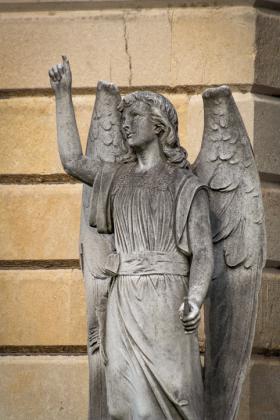 RJ-Angels-and-Statues-043