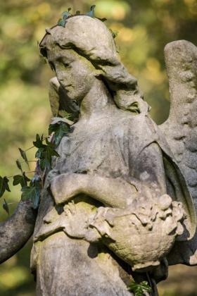 RJ-Angels-and-Statues-045
