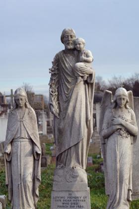 RJ-Angels-and-Statues-048