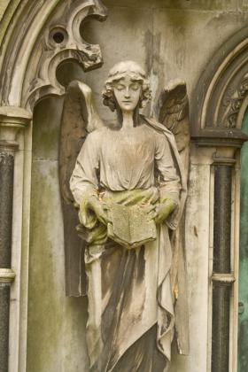 RJ-Angels-and-Statues-051