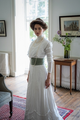 RJ-Edwardian Women-Set 3-024
