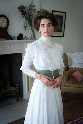 RJ-Edwardian Women-Set 3-055
