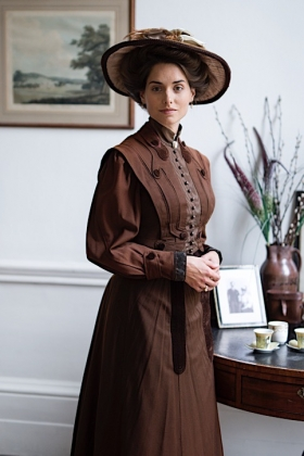 RJ-Edwardian Women-Set 6-047
