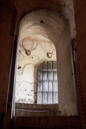 RJ-Interiors-med & tudor castles-005