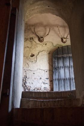 RJ-Interiors-med & tudor castles-006