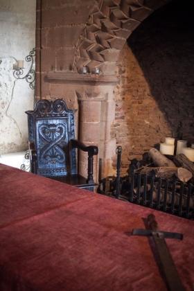 RJ-Interiors-med & tudor castles-012