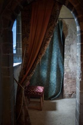 RJ-Interiors-med & tudor castles-014