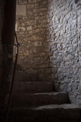 RJ-Interiors-med & tudor castles-028