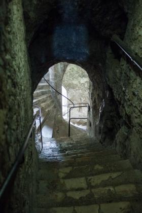 RJ-Interiors-med & tudor castles-036