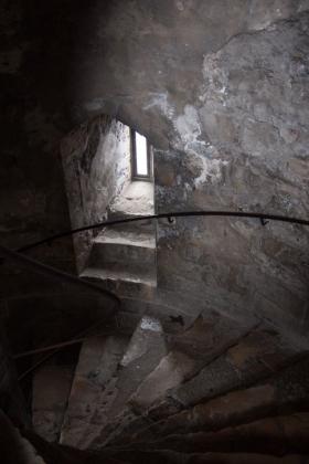 RJ-Interiors-med & tudor castles-037
