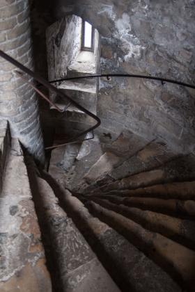 RJ-Interiors-med & tudor castles-038