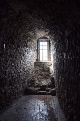 RJ-Interiors-med & tudor castles-041
