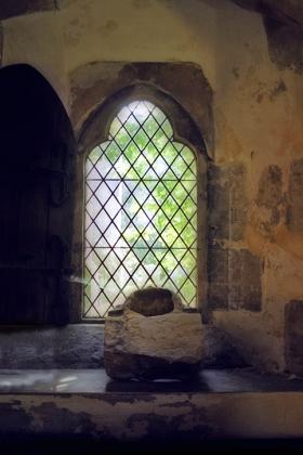 RJ-Interiors-med & tudor castles-048