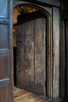 RJ-Interiors-Doors-and-Doorways-010
