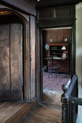 RJ-Interiors-Doors-and-Doorways-013