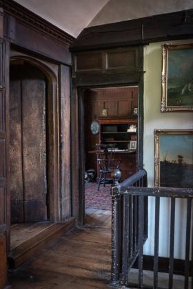 RJ-Interiors-Doors-and-Doorways-014