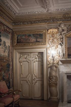 RJ-Interiors-Doors-and-Doorways-019