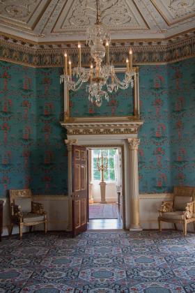 RJ-Interiors-Doors-and-Doorways-027
