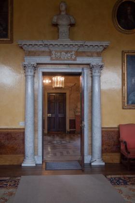 RJ-Interiors-Doors-and-Doorways-028