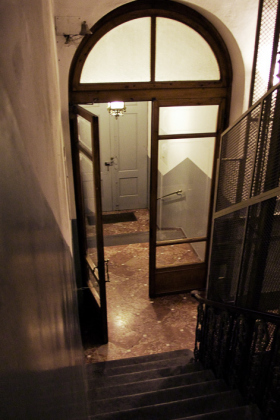 RJ-Interiors-Doors-and-Doorways-031