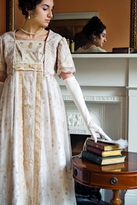 Regency Women Set 15