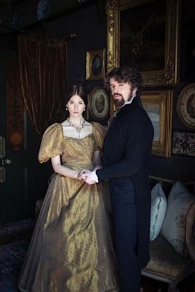 RJ-Victorian Couple-Set 1-021